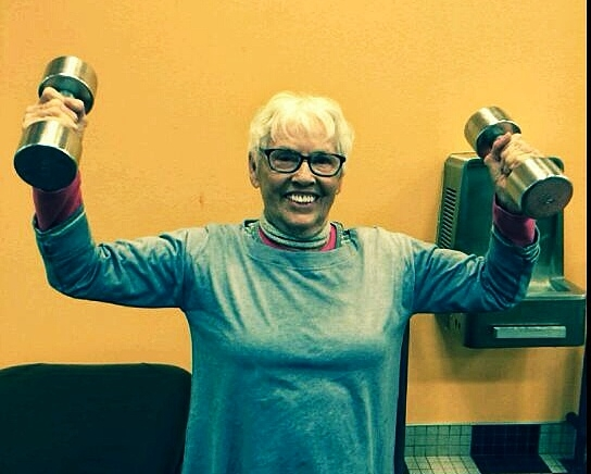 lady with dumbbells
